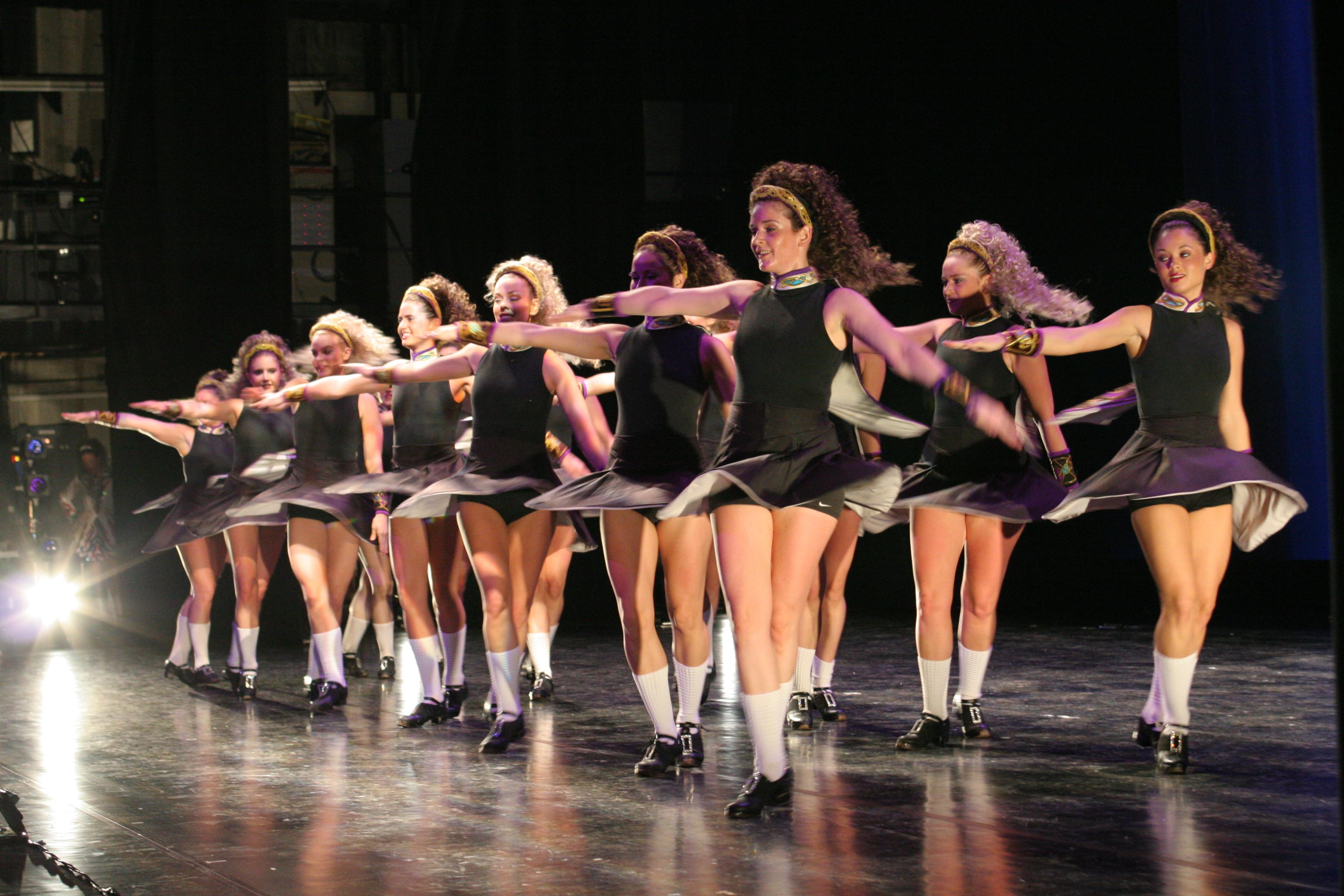 トリニティ・アイリッシュ・ダンス – アルカスSASEBO公式ホームページ